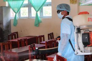 Cà Mau: Hàng loạt học sinh phải đi khám, nghi do viêm đường hô hấp