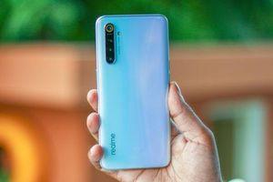 Cận cảnh smartphone 4 camera sau, chip S730G, RAM 8 GB, giá hơn 6 triệu