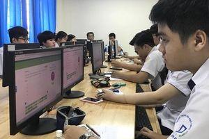 Thi THPT quốc gia mới: Thí sinh thi trên máy nhiều lần trong năm