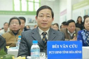 Liên quan đến gian lận thi cử, Phó Chủ tịch tỉnh Hòa Bình bị cảnh cáo