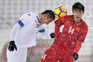 Nhìn lại trận chiến trên tuyết lịch sử của bóng đá Việt Nam