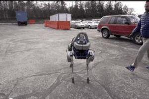 Chó robot của Boston Dynamics rất ngầu, nhưng ra mắt quá trễ?