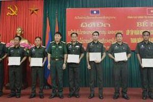 Bế mạc tập huấn công tác đoàn và phong trào thanh niên cho Quân đội nhân dân Lào