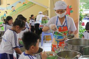 Đảm bảo an toàn thực phẩm trong trường học