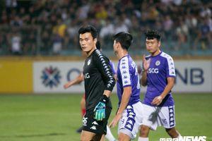 Hà Nội FC đăng ký Minh Long, Bùi Tiến Dũng chưa chắc bắt chính trận lượt về