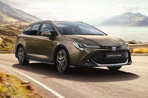 'Soi' Toyota Corolla Trek 5 cửa mới cho dân dã ngoại
