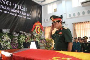 Anh hùng phi công Nguyễn Văn Bảy yên nghỉ trong lòng đất mẹ