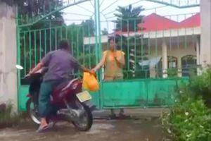 Chủ tịch Hà Nội yêu cầu làm rõ nghi vấn 'ăn chặn' hàng từ thiện cho trẻ tàn tật