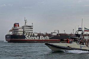 Vụ Iran bắt giữ tàu chở dầu Anh: Stena Impero đã rời cảng Iran