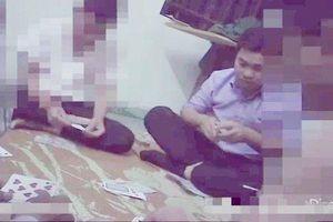 Cách chức Phó Chủ tịch UBND xã ở Thanh Hóa vì 'đánh bài ăn tiền'