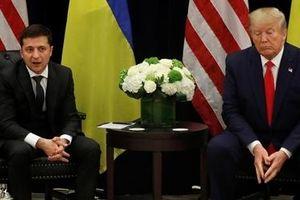 Tổng thống Ukraine đối đầu sóng gió ngoại giao