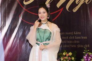 Sao Mai Huyền Trang hóa nàng Kiều xinh đẹp trong MV 'Đóa sen ngời'