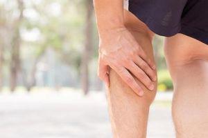 Tự chữa bệnh xương khớp, coi chừng liệt toàn thân
