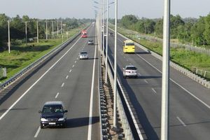 Tìm nhà đầu tư cho cao tốc Bắc - Nam: Hồ sơ mới sẽ phát hành ngay tháng 10