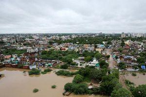 Lũ lụt hoành hành Ấn Độ, 44 người thiệt mạng, hàng nghìn người phải sơ tán