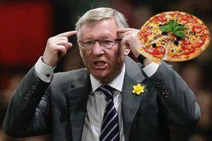 'Đại chiến' Arsenal - MU và hồi ức về chiếc Pizza ném thẳng vào mặt Sir Alex