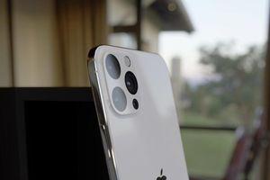 Cận cảnh iPhone 2020 cực chất: 'Xịn xò' như iPhone 11 Pro và đẹp như iPhone 4