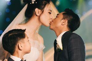 Sau khi kết hôn, cuộc sống của Cường Đô La và Đàm Thu Trang thế nào?