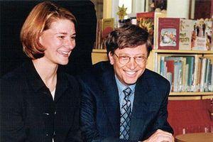 Điều bất ngờ tỷ phú Bill Gates làm với vợ trước khi kết hôn, 25 năm sau vẫn hạnh phúc