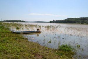 Tìm thấy thi thể thanh niên bị lật xuồng mất tích tại hồ thủy điện Thác Mơ