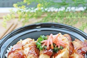 Đầu tuần thử ngay cơm gà kiểu Nhật ăn là nghiền