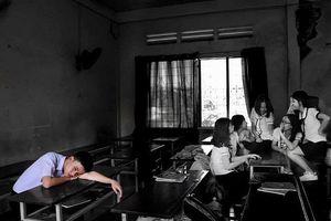 Chứng kiến sự đố kỵ diễn ra hằng ngày tại chính lớp học của mình, nam sinh tâm sự 'Tớ ước gì mình không học lớp này' khiến nhiều người suy ngẫm