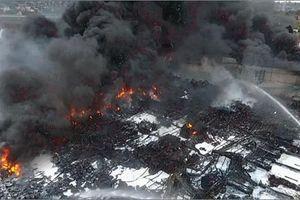 Lo ngại nhiễm độc gia tăng tại Pháp sau vụ cháy nhà máy hóa chất