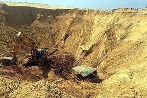 Sụp hố khai thác titan, một công nhân bị đất vùi chết