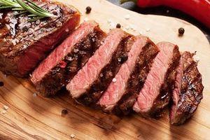 Căn bệnh có thể chuyển thành ung thư từ thói quen thích ăn thịt