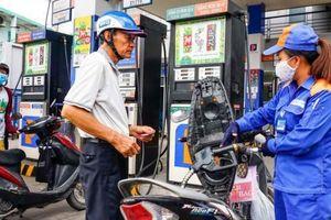 Giá xăng tăng mạnh sau 4 lần giảm liên tiếp