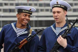 Điều kiện để một người nước ngoài có thể trở thành quân nhân Nga