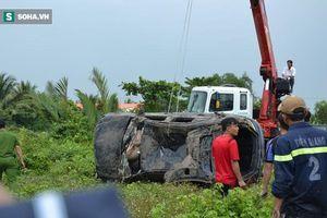 Vụ xe Mercedes rơi xuống kênh khiến 3 người tử vong: 'Đêm trước, tôi nghe thấy âm thanh rất lớn...'