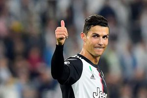 Ronaldo vượt qua Messi, sắp phá kỷ lục 'khủng'