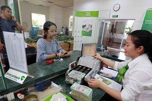 Ngành ngân hàng: Không có biến động về lãi suất