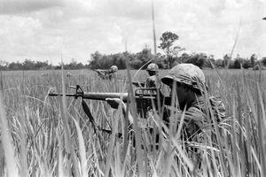 Cực độc loạt ảnh chiến tranh Việt Nam qua ống kính lính Mỹ