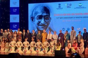Kỷ niệm 150 năm ngày sinh của Mahatma Gandhi tại Hà Nội