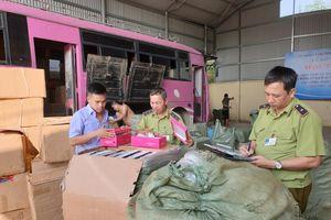 Lạng Sơn: Thu giữ hơn 17.200 gói dầu gội, kem xả có dấu hiệu giả mạo nhãn hiệu