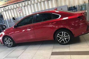 Kia Cerato bản nâng cấp đã có mặt tại đại lý, bán ra trong tháng 10