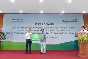 Vietcombank dành 10 tỷ đồng hỗ trợ Hải Phòng xóa hộ nghèo