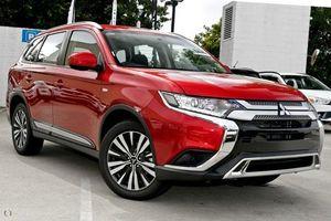 Mitsubishi giảm giá hàng loạt xe, cao nhất 92,5 triệu đồng