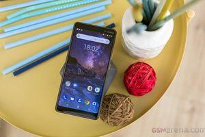 Loạt smartphone 'nhỏ mà có võ' đáng mua nhất hiện nay