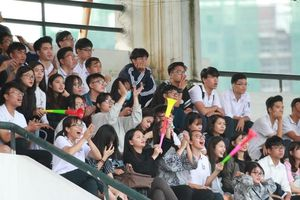Giải bóng đá học sinh THPT Hà Nội đá ở sân nào, có mất vé vào cửa không?