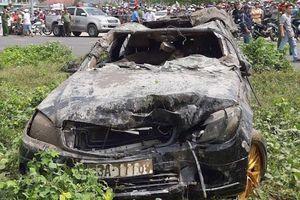 Ai cầm lái chiếc Mercedes rơi xuống rạch ở Tiền Giang?