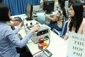 Hà Nội chưa thu học phí qua thẻ trong tháng 12