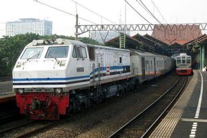 Indonesia phát triển đầu máy xe lửa chạy bằng dầu cọ, góp phần giảm ô nhiễm không khí