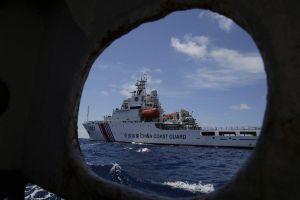 Philippines 'nổi đóa' với tàu hải cảnh Trung Quốc trên Biển Đông