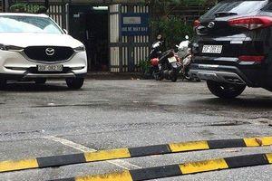 Hà Nội: Gờ giảm tốc 'tự chế' thách thức cánh tài xế lẫn người đi bộ