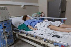 Hút mỡ bụng để nâng ngực, cô gái Hà Nội bị co giật, ngất xỉu tới lần thứ 3 mới được nhập viện