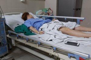 Hút mỡ bụng nâng ngực, cô gái ngất xỉu, co giật 3 lần mới được đưa cấp cứu