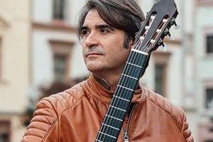 Khám phá sự kì diệu của guitar Tây Ban Nha